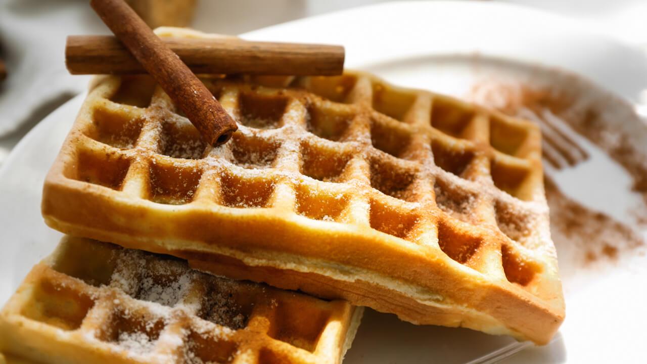 keto-cinnamon-almond-flour-waffles