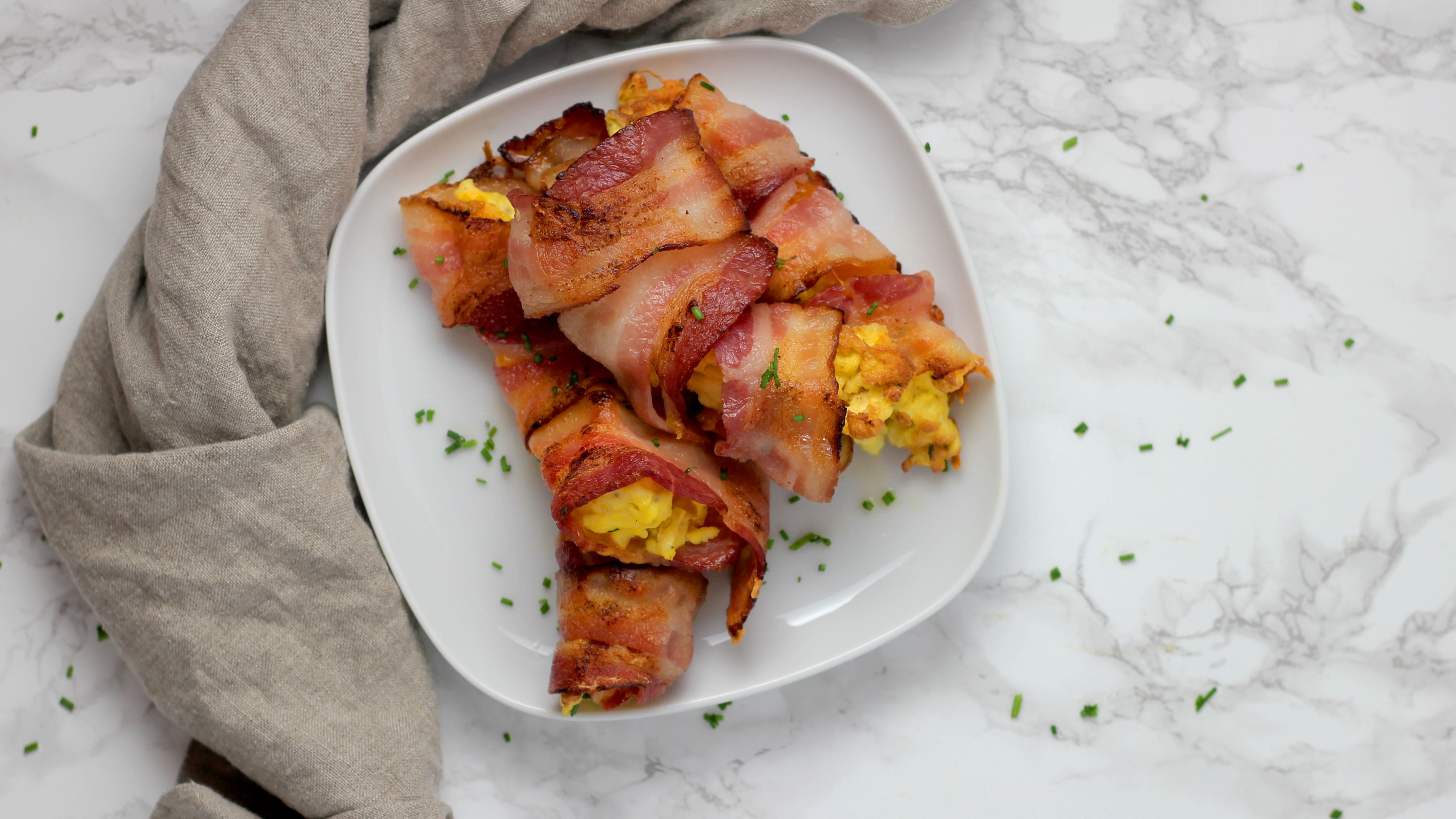 bacon-egg-and-cheese-roll-ups