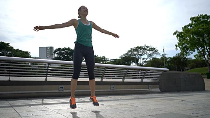 3-variations-of-jumping-jacks
