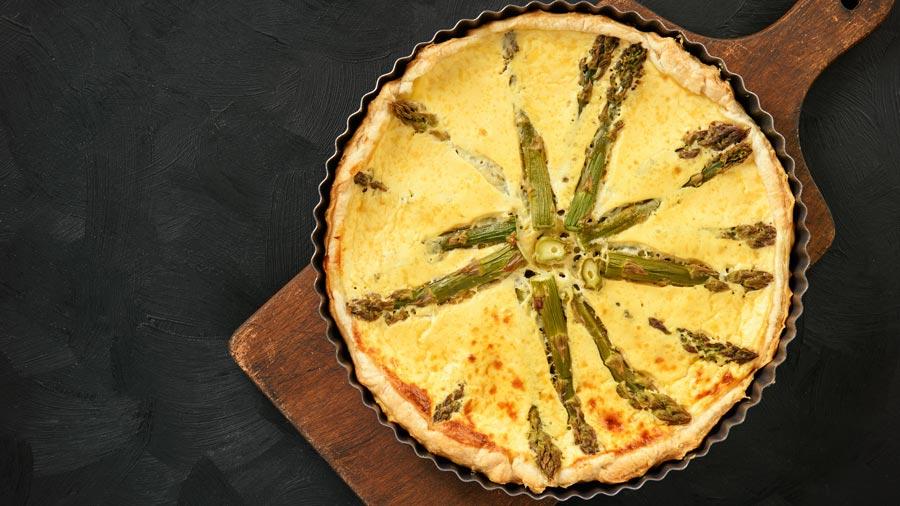 asparagus-gruyere-quiche