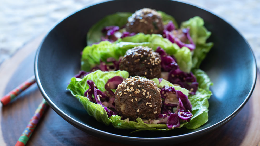 asian-meatball-lettuce-cups