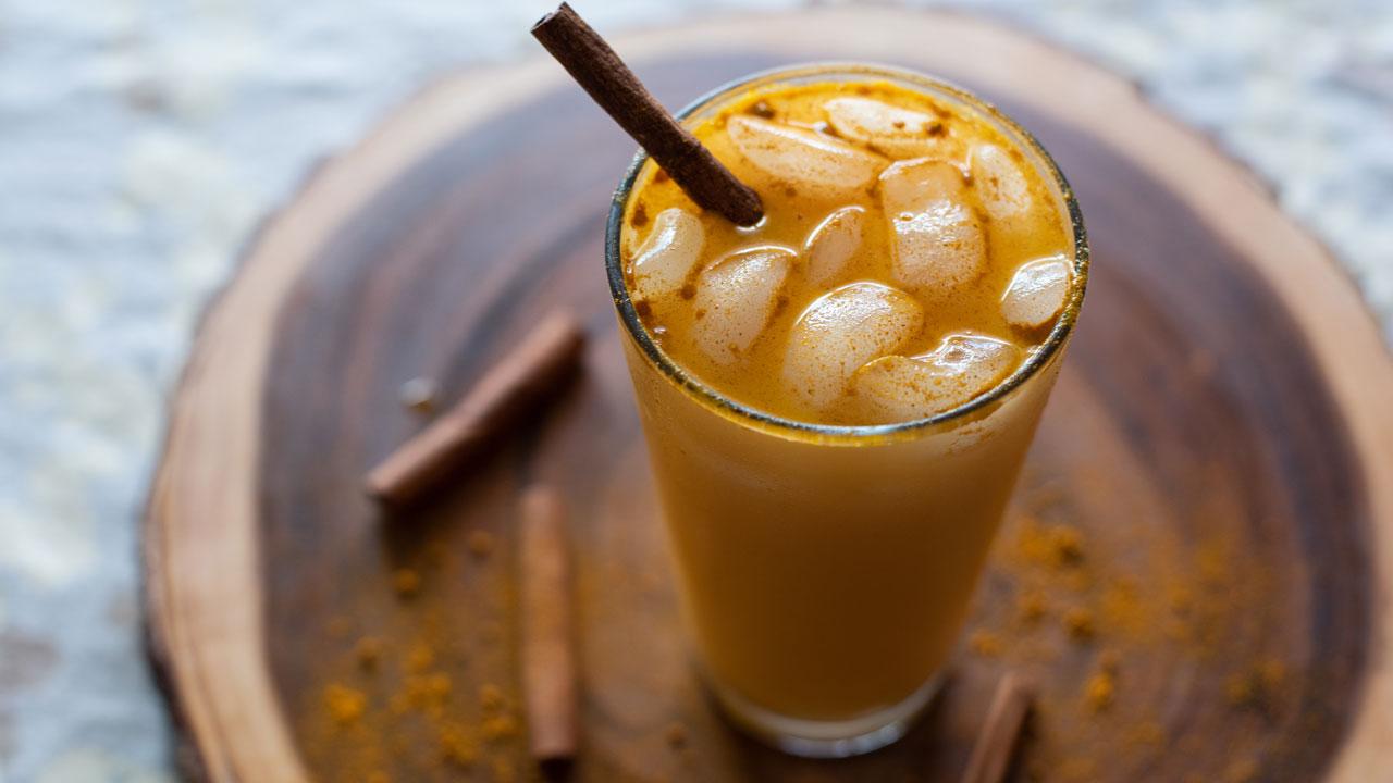 iced-golden-milk-latte