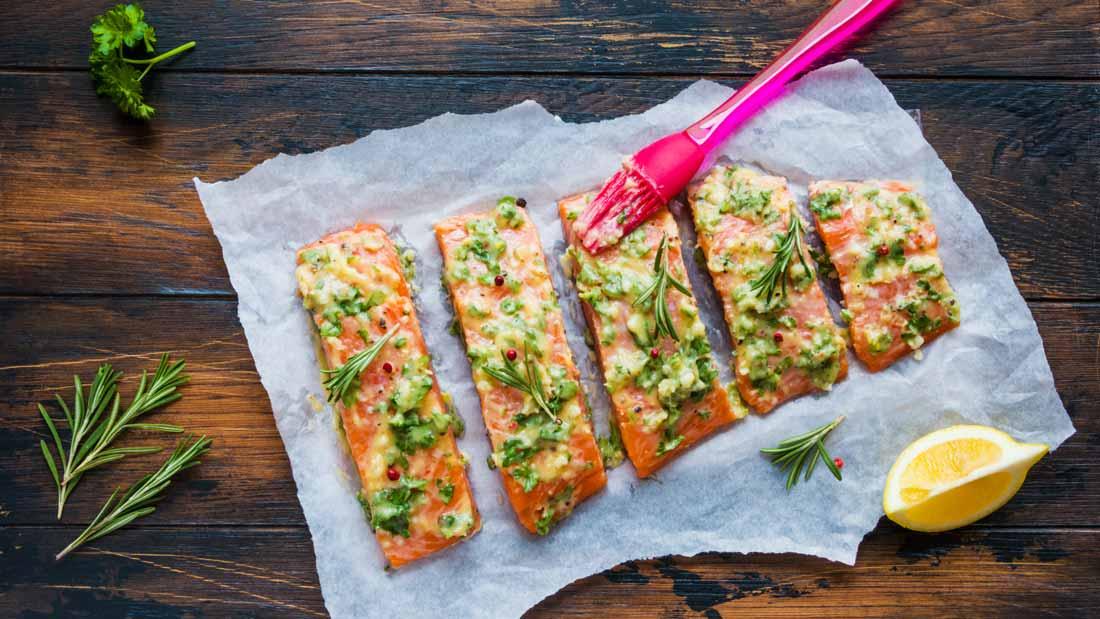 lemon-butter-baked-salmon